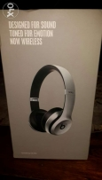 Beats solo2 wireless Headsets