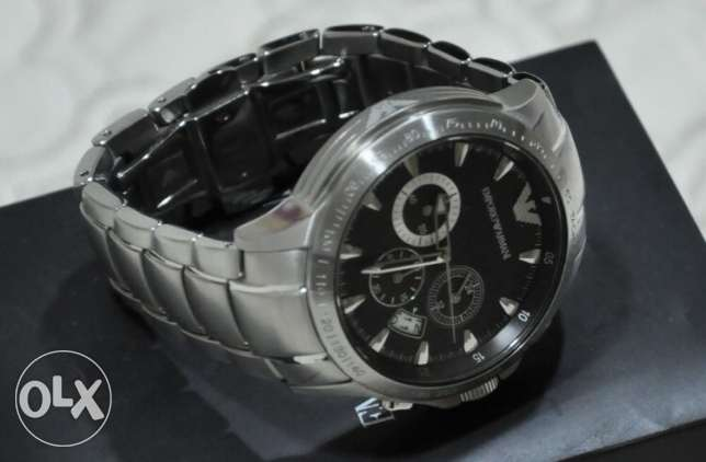 The famous Armani silver and black (genuine with the warranty) وسط المدينة -  1