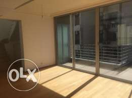 RS16026 - Apartment For Rent in Achrafieh