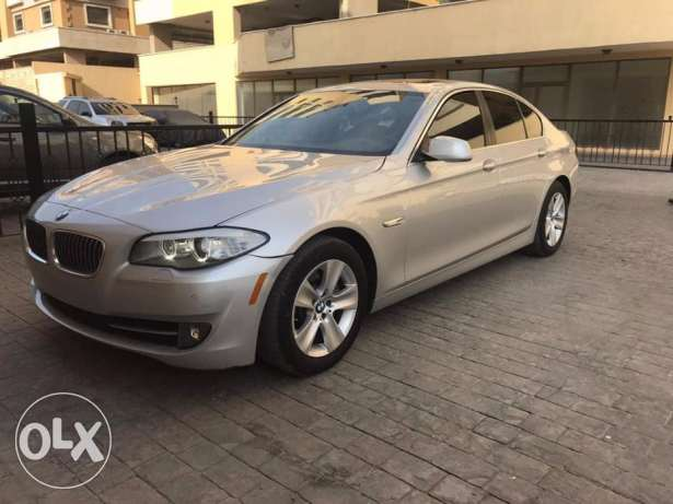 2012 BMW 528I Sedan -Camera & Sensors Clean Carfax No accidents