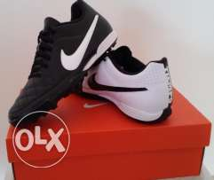 Football shoes Nike Tiempo - New