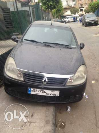 Renault Symbol for sale model 2009 very clean with AC , full automatic
