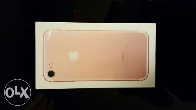 iPhone 7 32GB Rose Gold Brand New