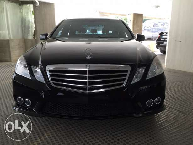 Mercedes Benz E350 Model 2010 Black