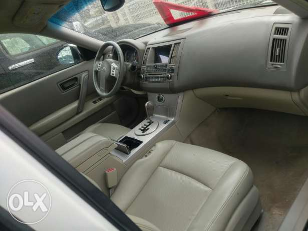 Infiniti fx35 sport package clean carfax 135000 miles انطلياس -  5