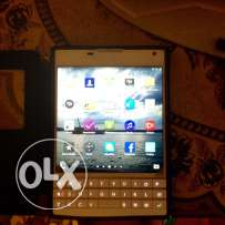 Blackberry Passport white Almost New - can change w iPhone 6