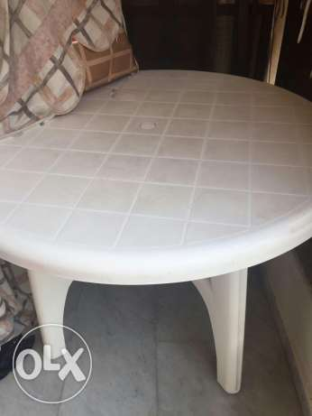 Plastic table with 3 chairs