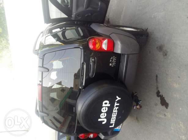 Jeep liberty excellent condition