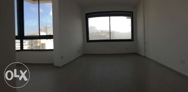 For sale Luxurious apart in koraytem with mountain and 360 sea view راس  بيروت -  5
