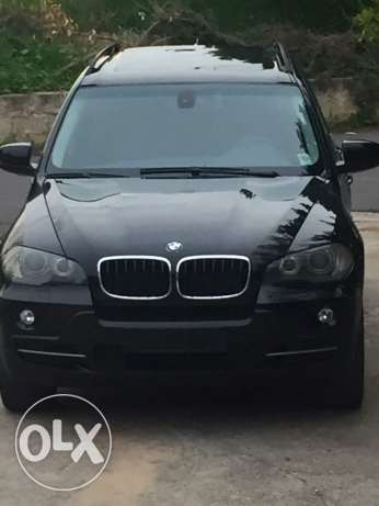 Bmw x5 very clean ولا غرام بويا