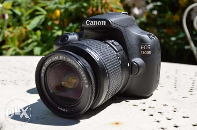 Canon 1200D like new