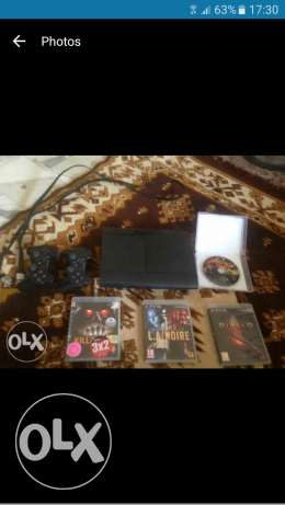 Ps3 with 4 cds and 2 controllers