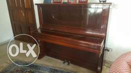 Deluxe Upright Piano