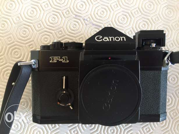 canon F1 professional film camera