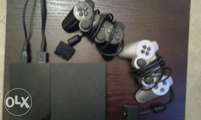 Ps2 for sale with 2 controllers الشياح -  1