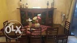 Dining room excellent condition