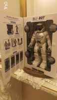 Blu bot intelligent robot new in box silverlit