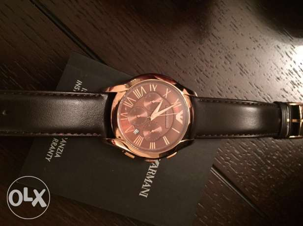 the new EA brown and rose gold leather watch وسط المدينة -  1