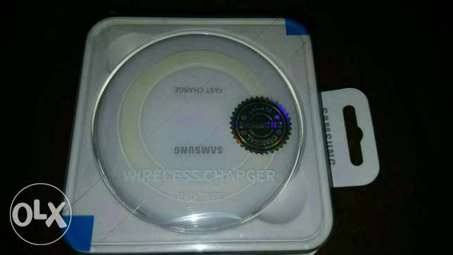Wireless charger Samsung مصطبة -  1