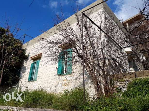 140 m2 house for sale in Ghazir on a piece of land 680 m2