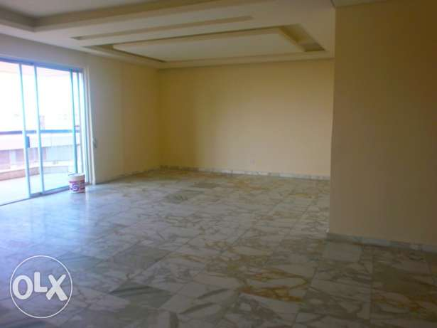 MG766,Office for rent in Tallet El Khayat,320 sqm,1st Floor.