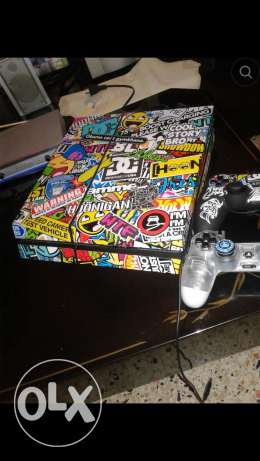 Ps4 for sale ma3a 5 cds 1 terra