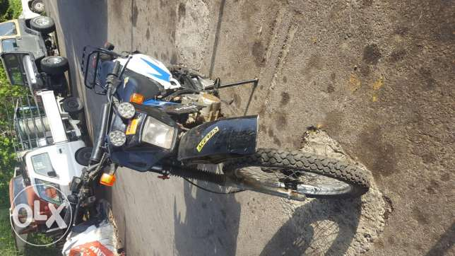 Motorcycle cross 200cc for sale