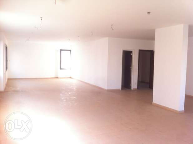 RA87,Office for rent in Sin El Fil, 130 sqm, 3rd floor.