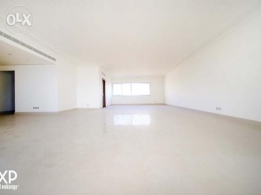 440 SQM Apartment for Rent in Beirut, Rawche AP1093
