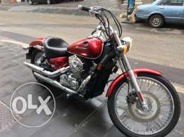 Honda shadow spirit 750 cc.