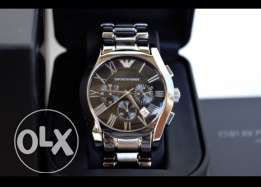 Genuine stainless suit watch from Armani (brand new makfule 2 years)