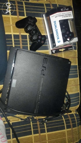 Playstation3 ma3a maske jdide w 5 cd منصورية -  1