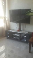 Table télévision black gd condition with out t.v