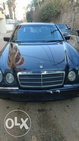 E 230  Mercedes-Benz for sale