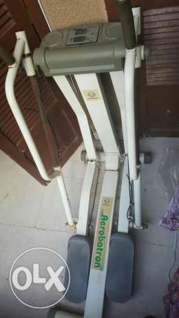 Aerobatron elliptical machine أشرفية -  1