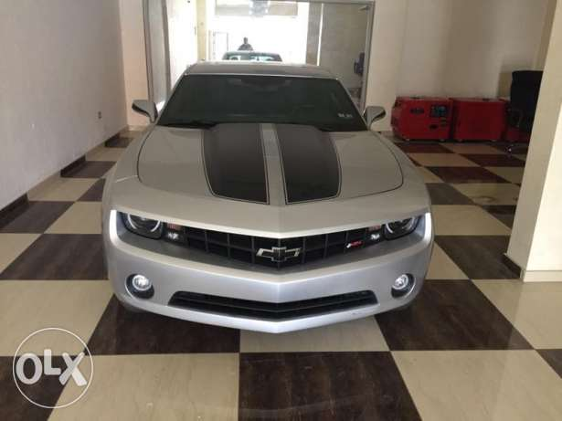 camaro RS 2013 mashye 13000 mile clean title no accidents