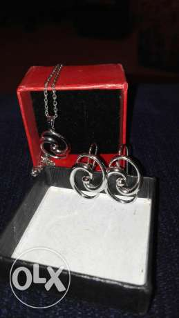 Rodium necklace and earings