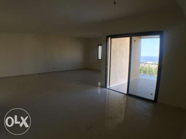 Bsalim- Apartment + 130sqm private terrace المتن -  2