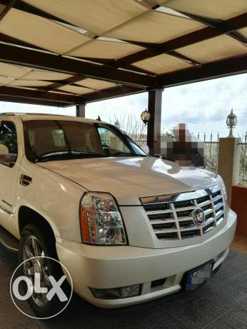 Cadillac Escalade clean car fax