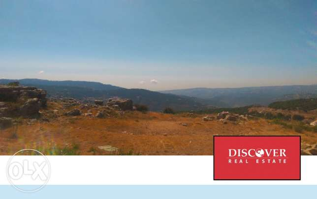 Land for sale on the main road in Zaarour : 416