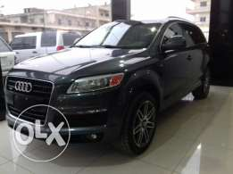 Audi Q7 S-Line V6 2009 Fulloption panoramic 7-seats CLEAN CARFAX