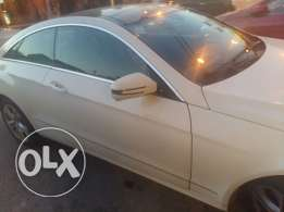 E 350 for sale verry clean