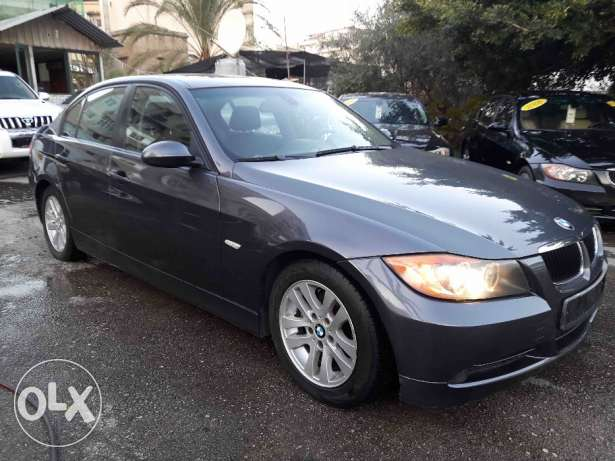 BMW 325I 2006 with Navigation