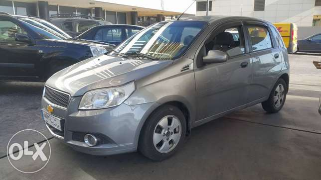 Chevrolet Aveo Hatch Back 2009 Full option one owner(ABS/AirBags/Senso