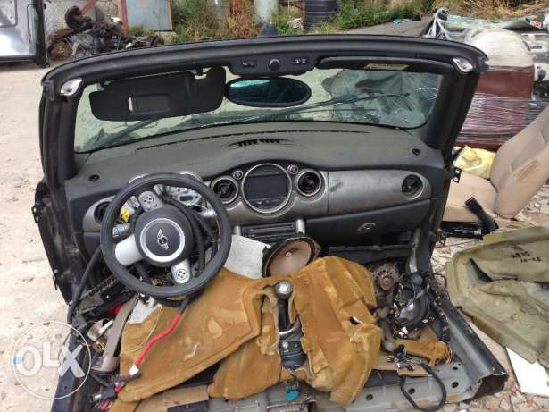 mini cooper S for parts only cut 1/2 usa المتن -  2