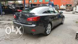 LEXUS IS300 luxury package 2006 with (rear camera) excellent condition