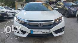 Honda Civic 2016/premium package مصدر الشركه fully loaded still new