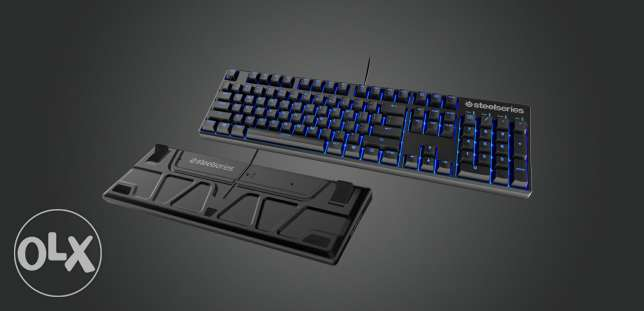 Steel series Apex m500 mechanical gaming keyboard. Mint condition