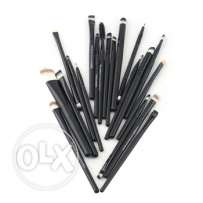 20 Pcs Makeup Brushes New (Free DELIVERY by LIBANPOST) عشرون فرشاة