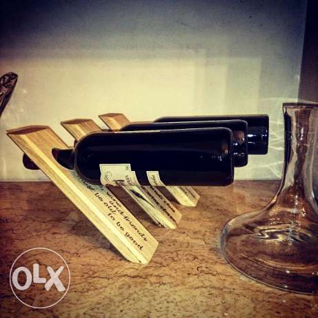 Wine holder - bottle balancer